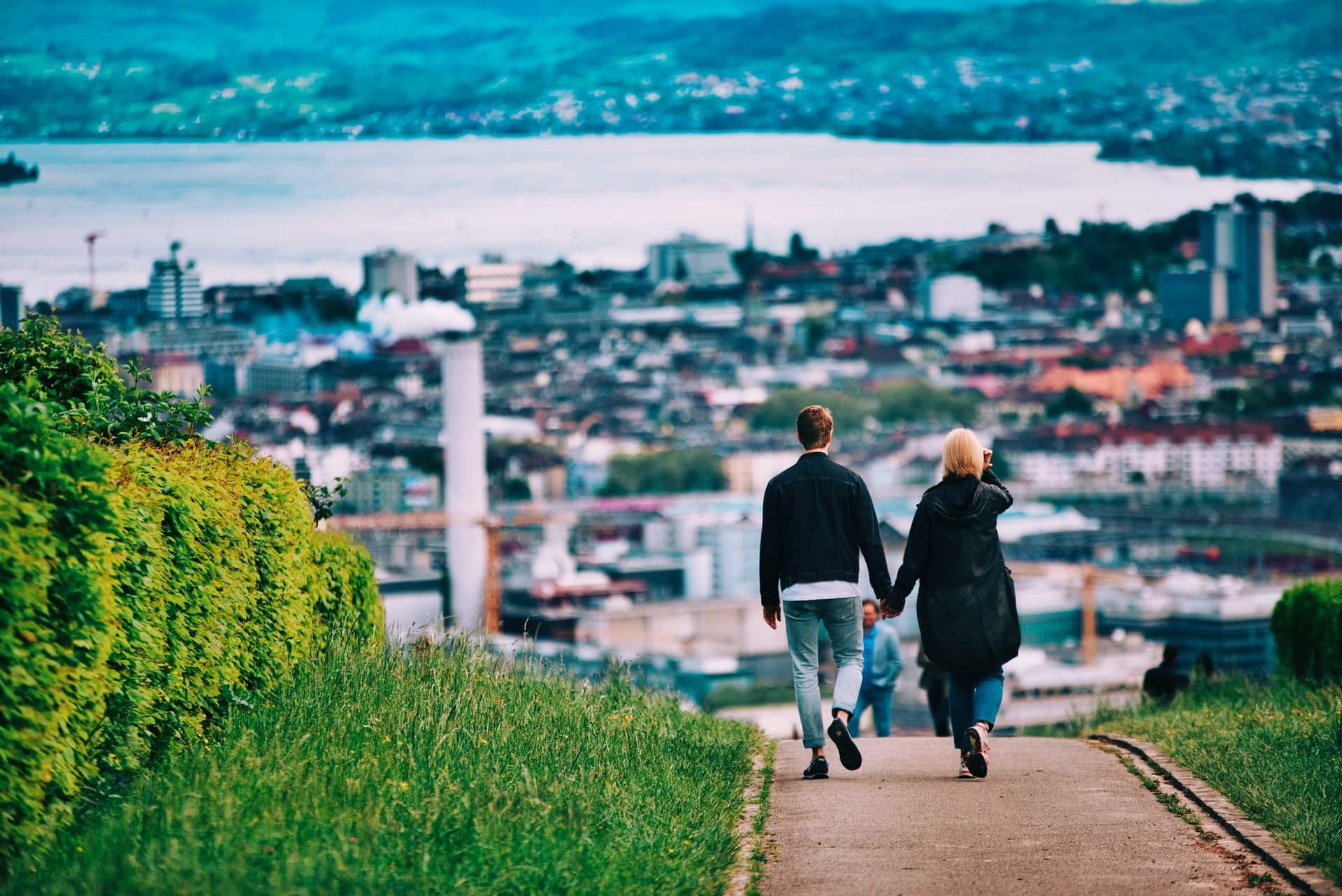 <p>Benefits of Walking [For Anyone]</p>